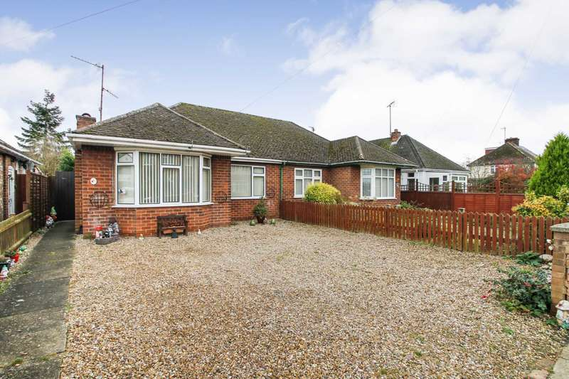 2 Bedrooms Semi Detached House for sale in Hall Avenue, Rushden