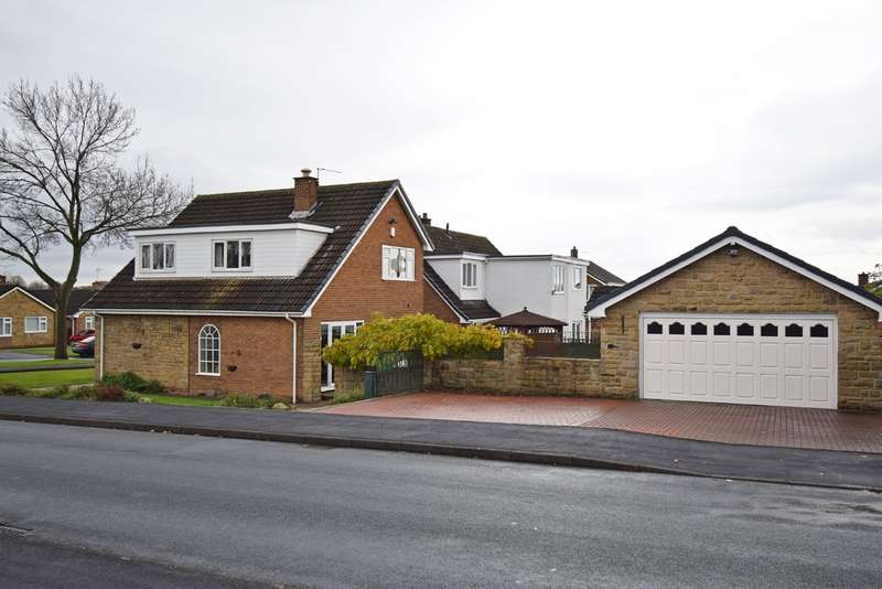 3 Bedrooms Detached House for sale in Cumbrian Way, Lupset Park, Wakefield