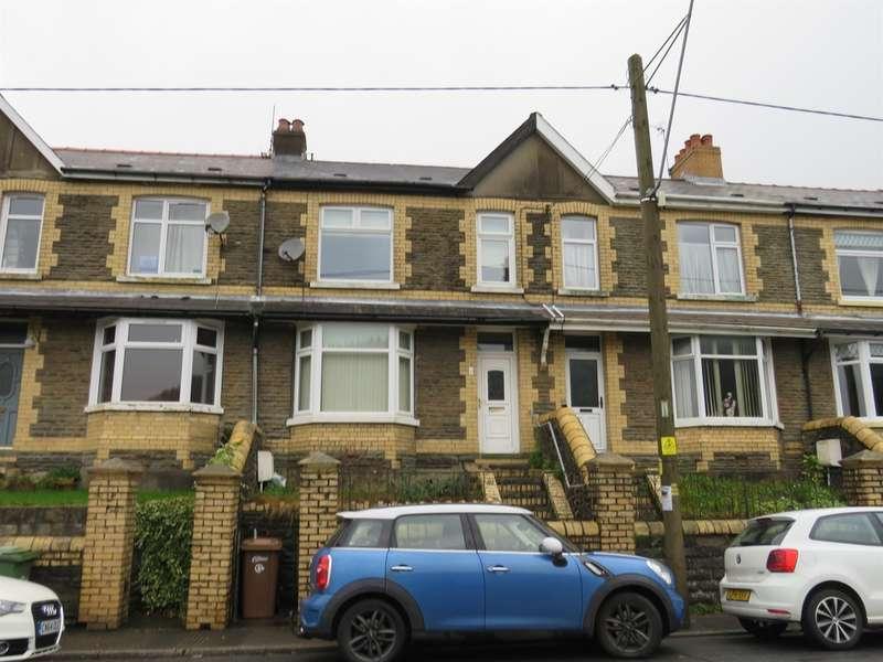 3 Bedrooms Terraced House for sale in Llwynbach Terrace, Hollybush, Blackwood