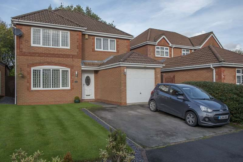 4 Bedrooms Detached House for sale in Valentines Meadow, Preston, Lancashire, PR4