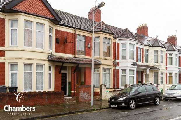 3 Bedrooms Terraced House for sale in Brithdir Street, Cathays, Cardiff, CF24