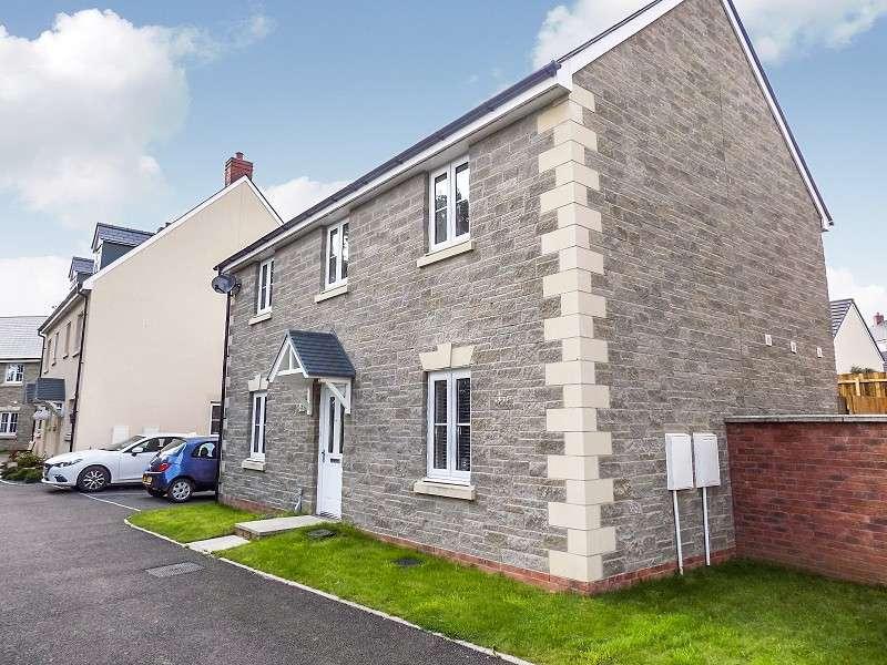 4 Bedrooms Detached House for sale in Rhodfar Celyn , Coity, Bridgend. CF35 6FN