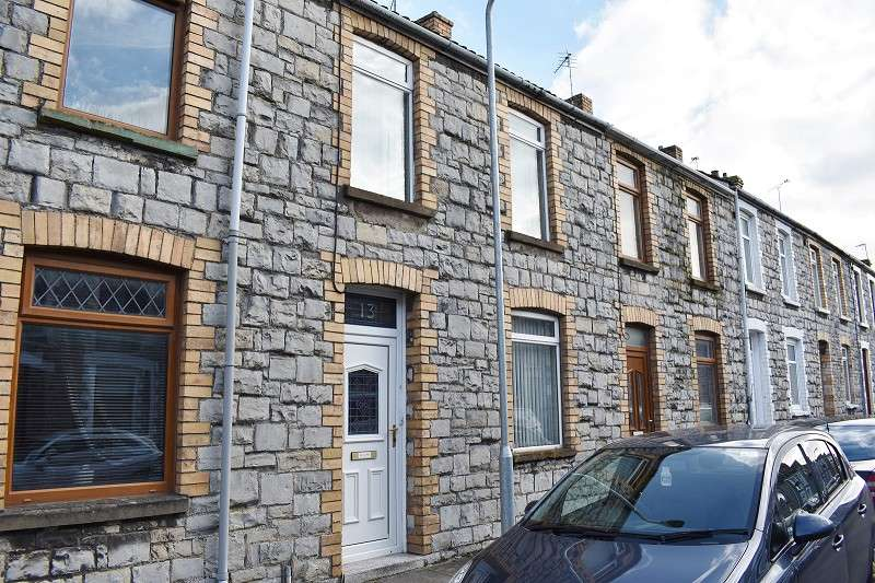 3 Bedrooms Terraced House for sale in Cheltenham Terrace, Bridgend. CF31 3AH