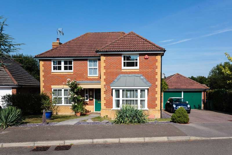 4 Bedrooms Detached House for sale in Turners Close Southwater