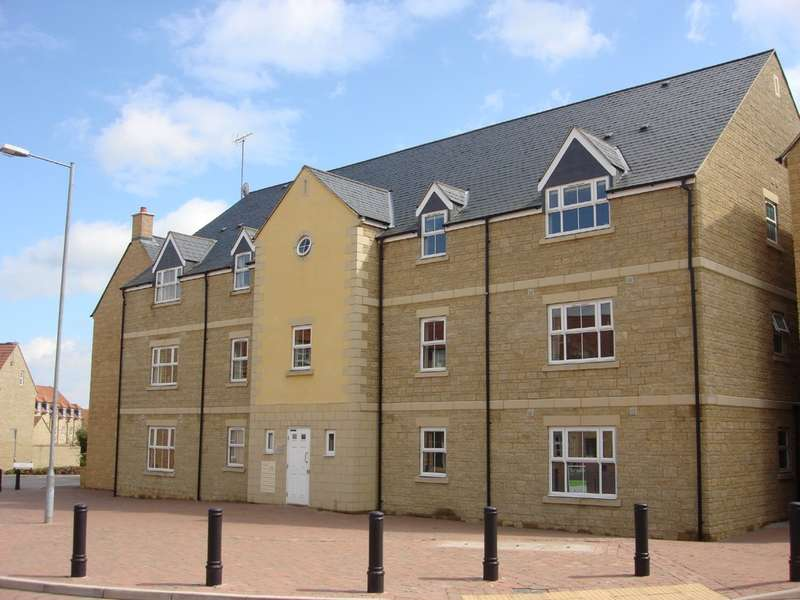 2 Bedrooms Ground Flat for rent in Freestone Way, Corsham
