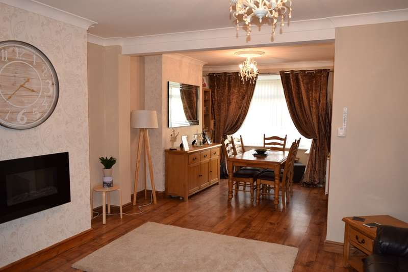 2 Bedrooms Semi Detached House for sale in Wood Street, Gilfach Goch, Porth