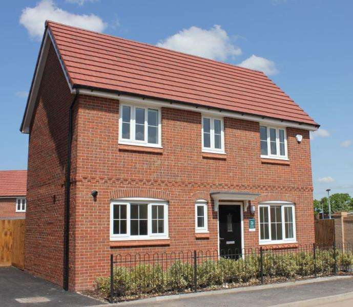 3 Bedrooms House for rent in Co-Operative Road, Middleton