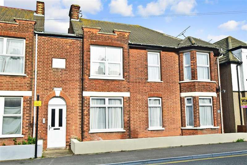 3 Bedrooms Flat for sale in Fleetwood Avenue, , Herne Bay, Kent