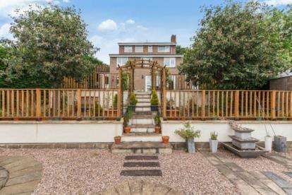 5 Bedrooms Detached House for sale in High Garth, Richmond, North Yorkshire