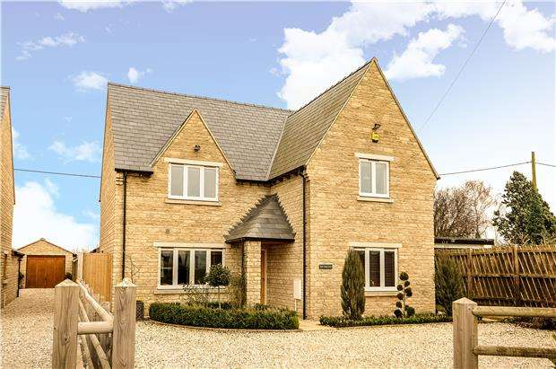 4 Bedrooms Detached House for sale in Gretton Fields, Gretton, Cheltenham, GL54 5HH