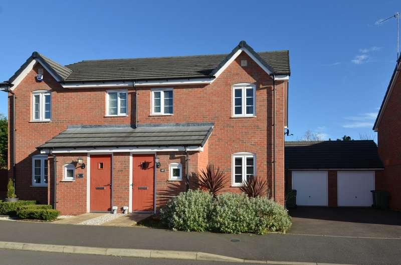 3 Bedrooms Semi Detached House for sale in Hollington Road, Alvechurch, Birmingham, B48