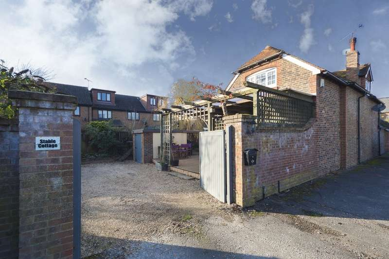 4 Bedrooms Detached House for sale in Hunters Mead, Partridge Green