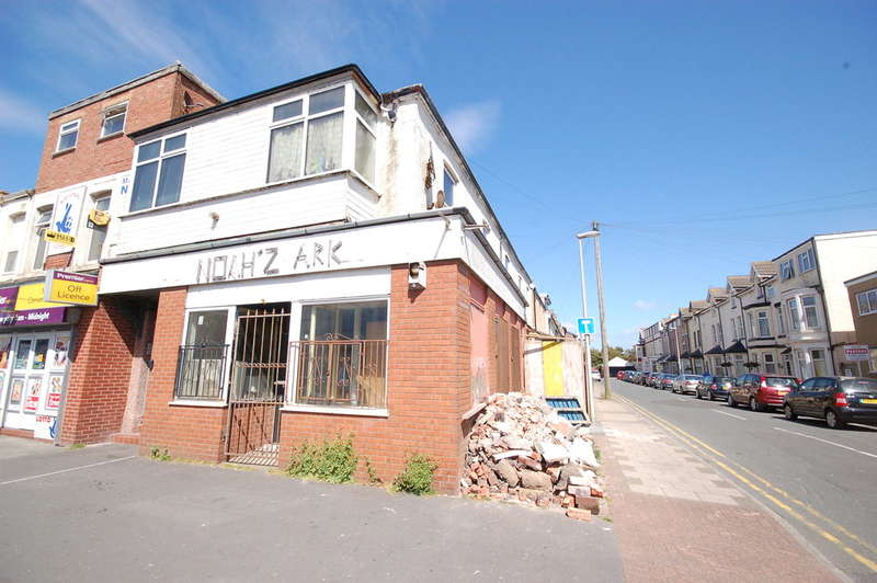 2 Bedrooms End Of Terrace House for sale in Lytham Road, Blackpool