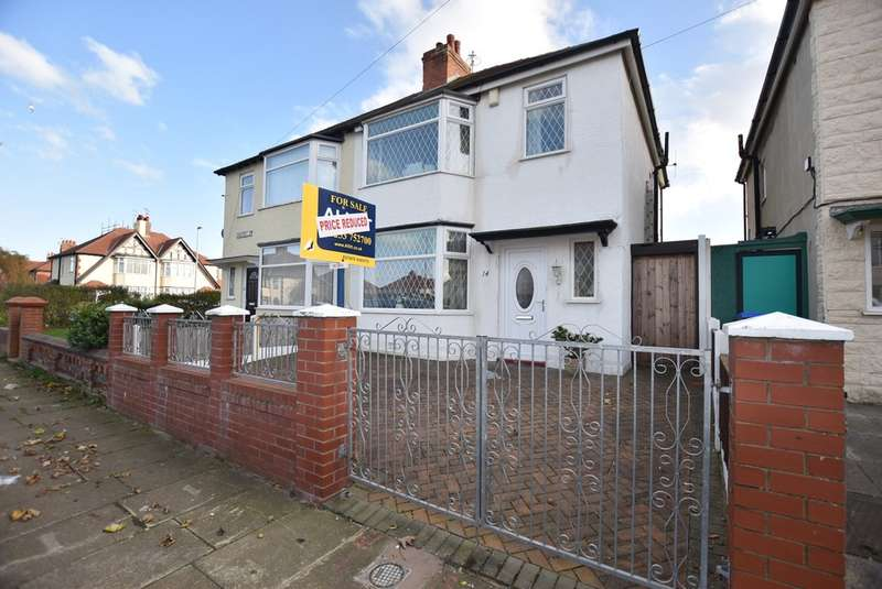 3 Bedrooms Semi Detached House for sale in Sandicroft Road, Blackpool