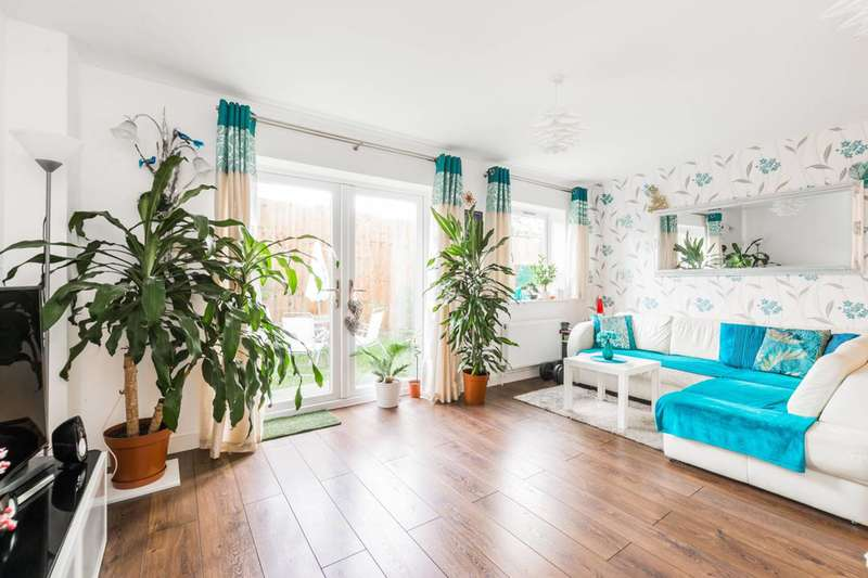 2 Bedrooms Flat for sale in John Burns Drive, Barking, IG11