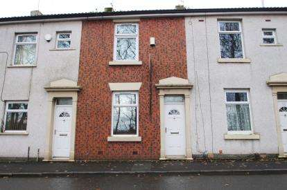 2 Bedrooms Terraced House for sale in Griffin Street, Blackburn, Lancashire, ., BB2