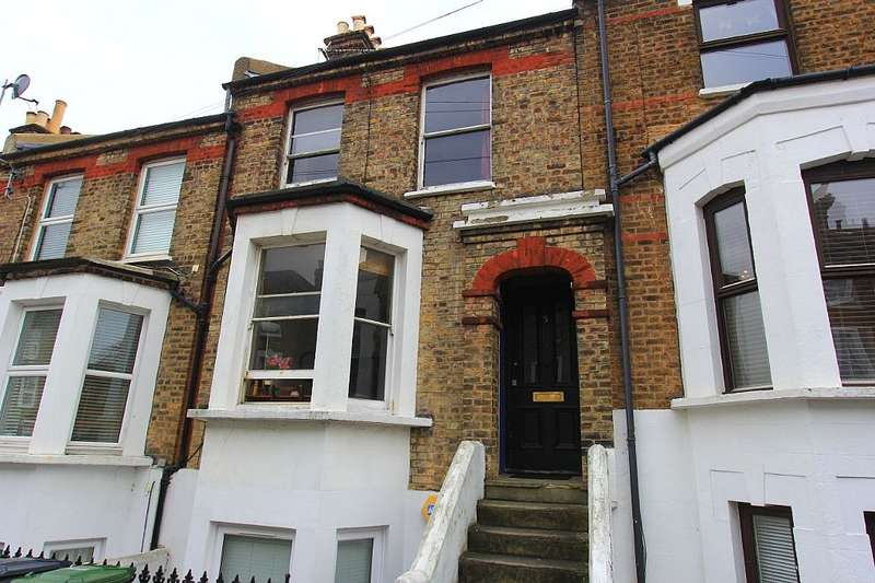 3 Bedrooms Maisonette Flat for sale in Fransfield Grove, London, London, SE26 6BA