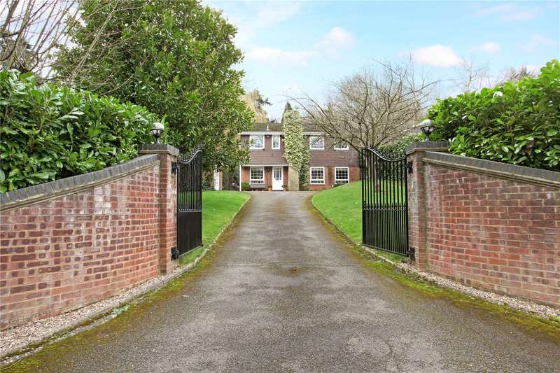 4 Bedrooms Detached House for sale in St. Leonards Hill, Windsor, Berkshire, SL4