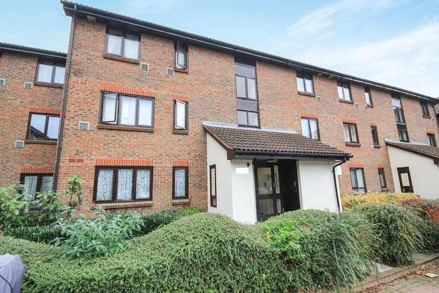 2 Bedrooms Apartment Flat for sale in Braybourne Drive, Isleworth, Isleworth, TW7