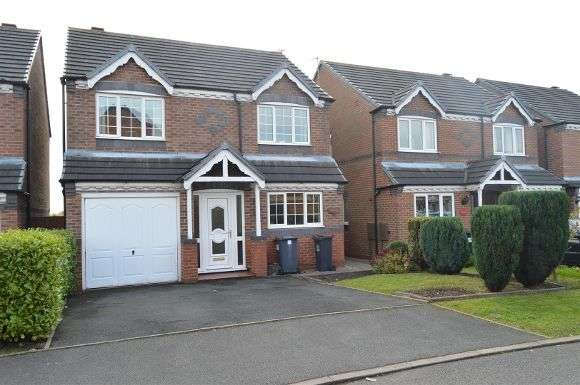4 Bedrooms Detached House for sale in Bargrave Drive, Newcastle, Newcastle-Under-Lyme