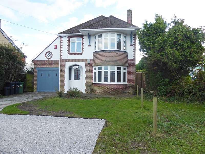 3 Bedrooms Detached House for rent in Botley Road, West End, Southampton, SO30