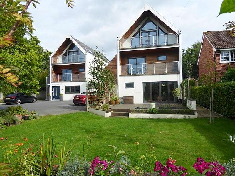 4 Bedrooms Detached House for sale in Hobb Lane, Hedge End, Southampton, SO30