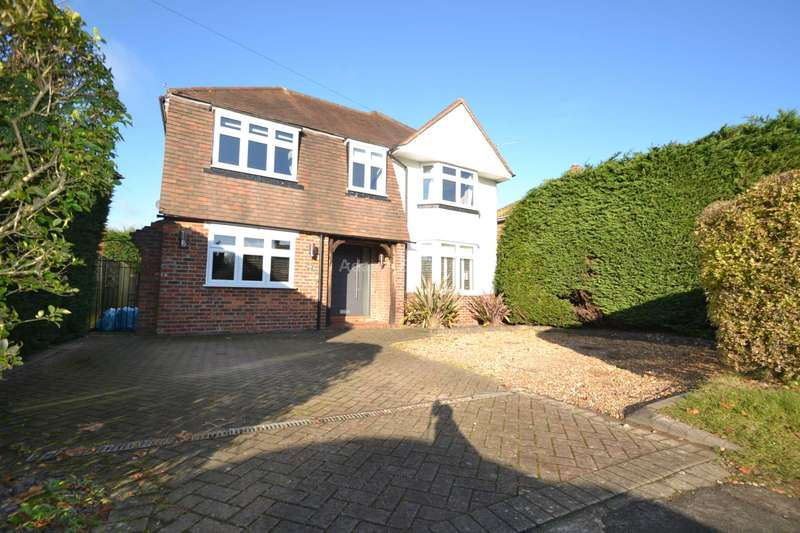 4 Bedrooms Detached House for rent in Pitts Lane, Reading