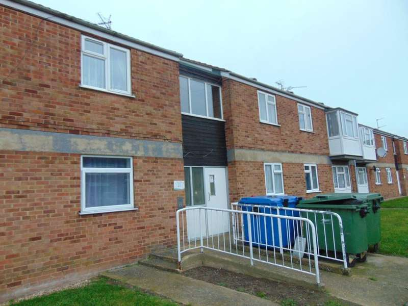 2 Bedrooms Flat for sale in Hayley Close, Wisbech, Cambridgeshire, PE13 3PS
