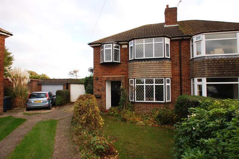 3 Bedrooms Semi Detached House for sale in Palliser Road, Chalfont St Giles, HP8