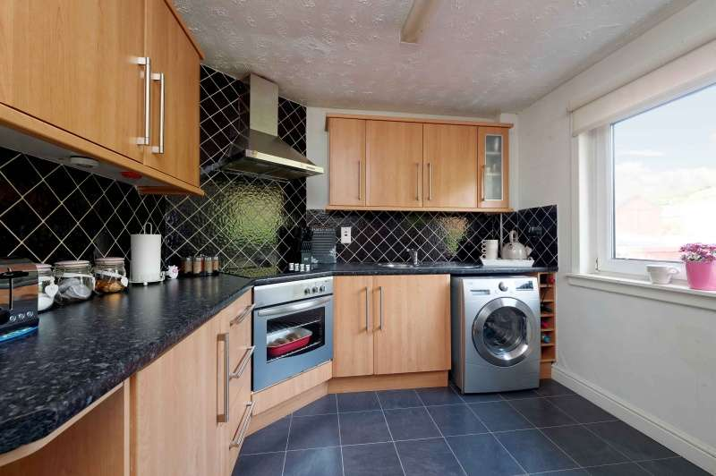 1 Bedroom End Of Terrace House for sale in Kellywood Crescent, Kincardine, Fife, FK10 4PB