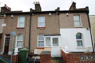 2 Bedrooms Terraced House for sale in Battle Road, Erith, Kent
