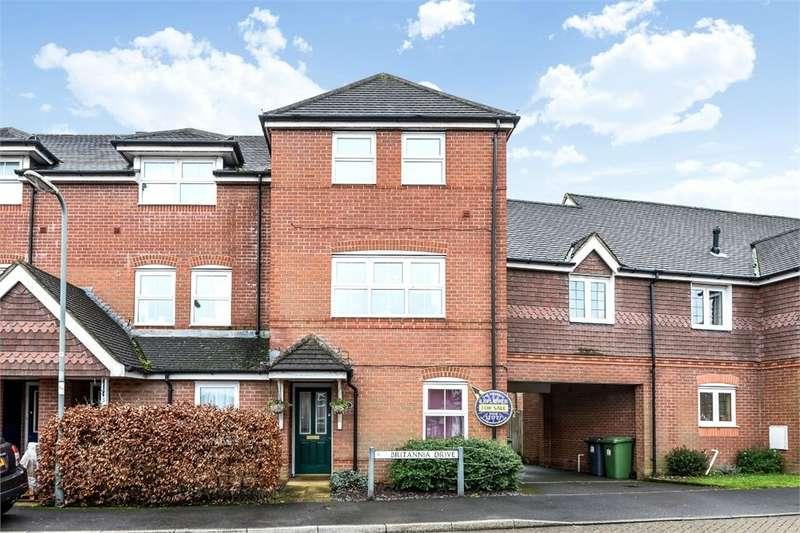 4 Bedrooms Town House for sale in Britannia Drive, Beggarwood, Basingstoke, RG22