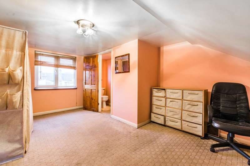 5 Bedrooms House for rent in Millais Road, Leyton, E11