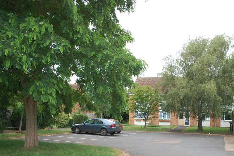 2 Bedrooms Apartment Flat for sale in Guild Road Aston Cantlow Henley In Arden