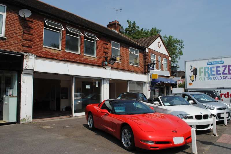 4 Bedrooms Commercial Property for sale in Billet Lane, Hornchurch
