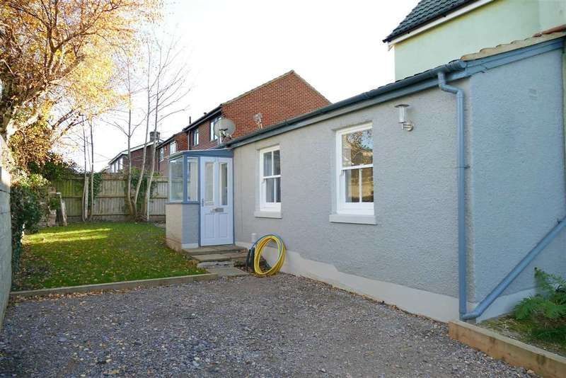 1 Bedroom Semi Detached Bungalow for sale in RECENTLY RENOVATED TO A MODERN STANDARD THROUGHOUT - Parkstone