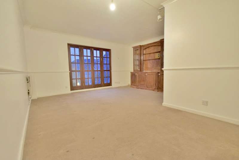 3 Bedrooms Semi Detached House for sale in HAMLET SQUARE, OFF THE VALE, GOLDERS GREEN ESTATE, LONDON, NW2
