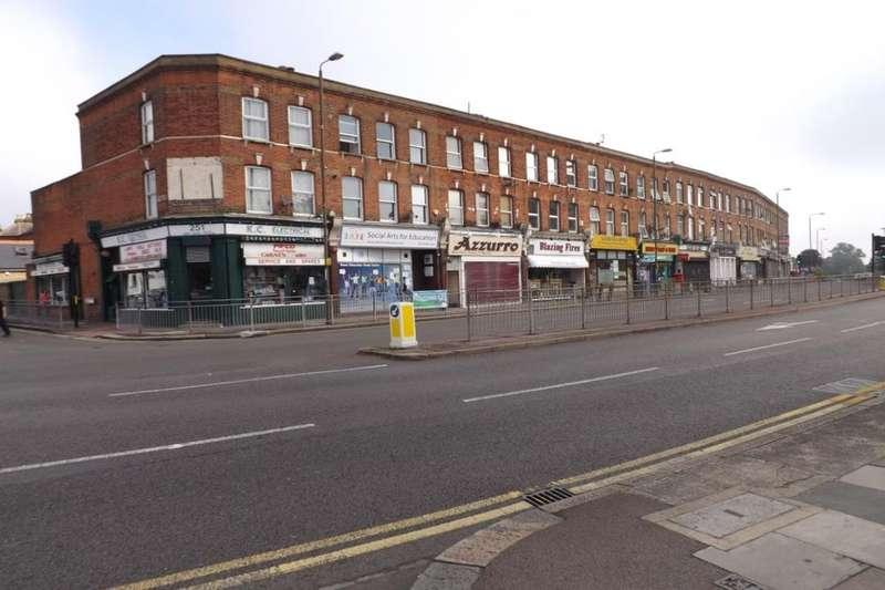 1 Bedroom Flat for sale in Eltham High Street, London, SE9
