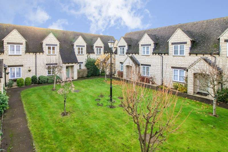 2 Bedrooms Terraced House for rent in Hawthorn Drive, Bradwell Village, Burford