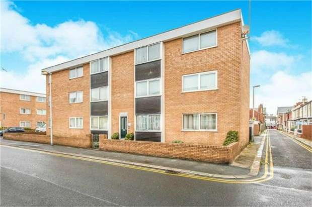 2 Bedrooms Flat for sale in Rawcliffe Street, Blackpool, Lancashire