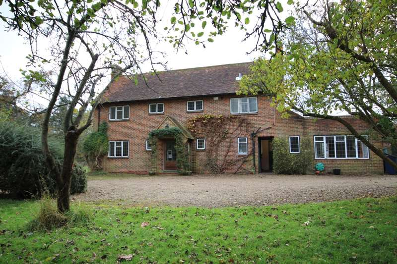 4 Bedrooms Detached House for rent in School Lane, Medmenham, Marlow, SL7