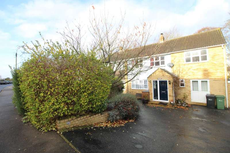 5 Bedrooms Semi Detached House for sale in Butlers Way, Great Yeldham
