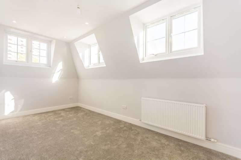 1 Bedroom Flat for sale in Reeves Road, Bow, E3