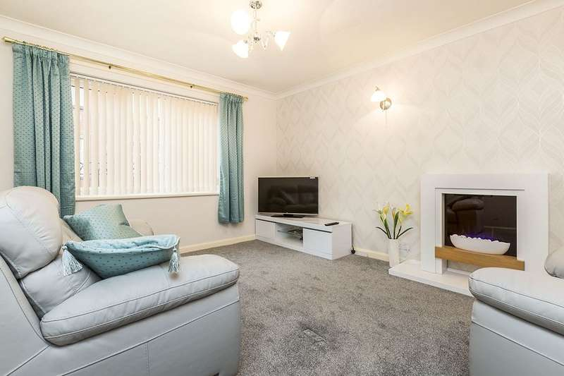 2 Bedrooms Flat for sale in Devonshire Court Devonshire Road, Chorley, PR7