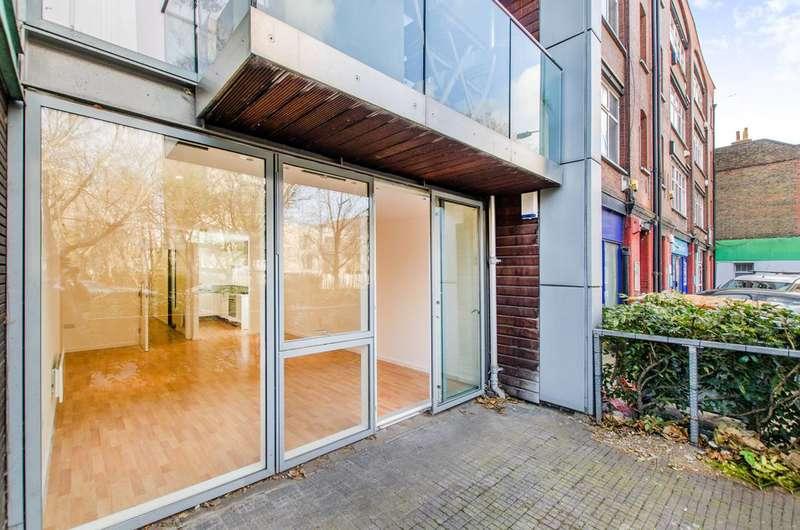 2 Bedrooms Flat for sale in Lever Street, Clerkenwell, EC1V
