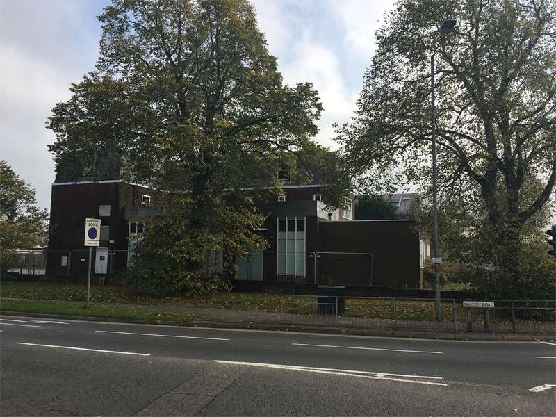 Land Commercial for sale in Walton Road, Aylesbury, HP21