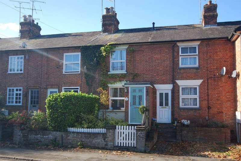 2 Bedrooms Terraced House for sale in Aylesbury Road, Wendover, Aylesbury, HP22