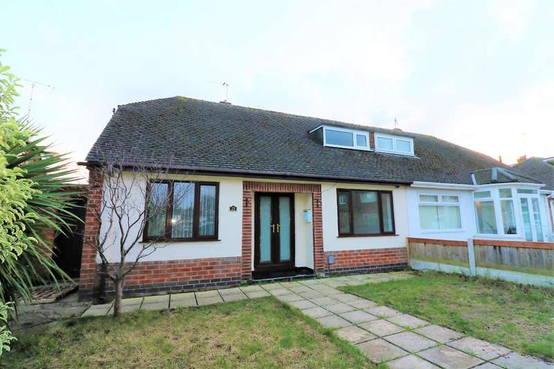 3 Bedrooms Semi Detached Bungalow for sale in Chorlton Grove, Wallasey, CH45 8QG