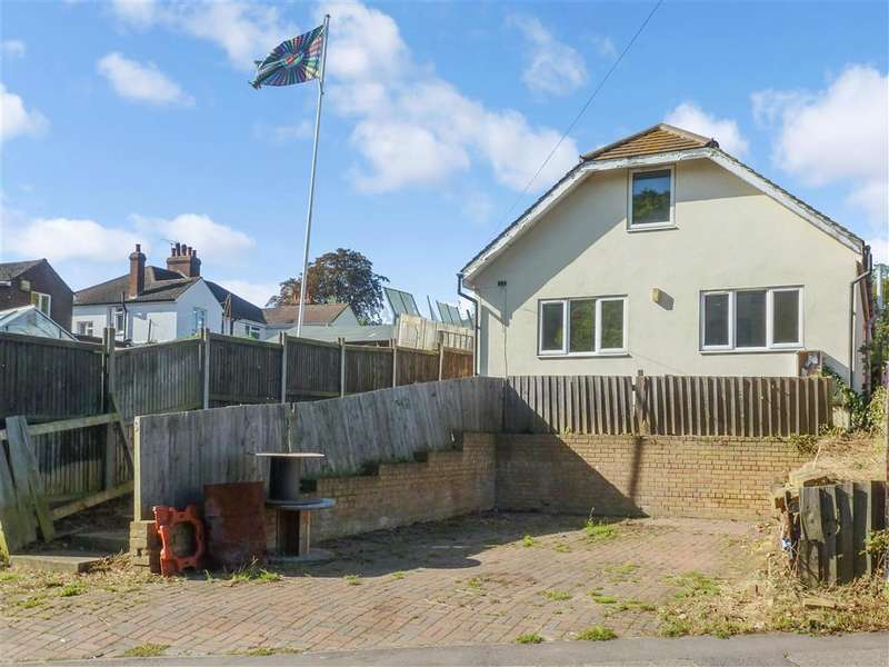 4 Bedrooms Detached House for sale in Bobbing Hill, , Bobbing, Sittingbourne, Kent