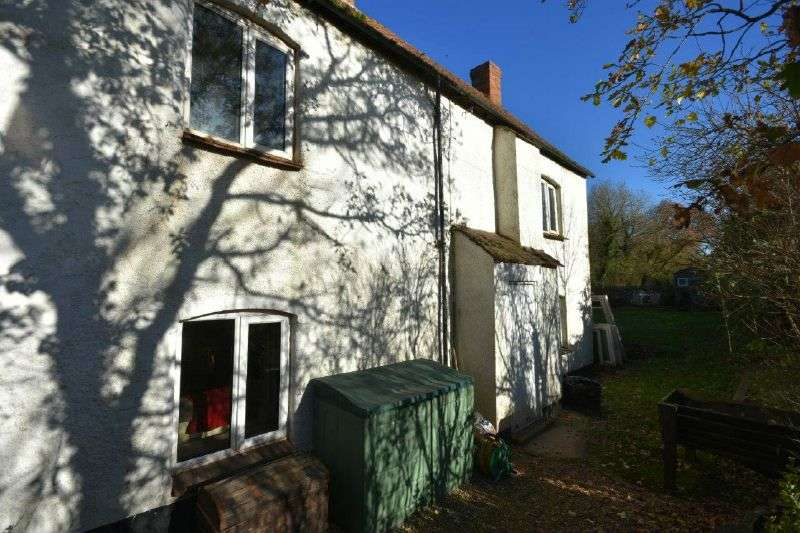 3 Bedrooms Semi Detached House for sale in SIDMOUTH ROAD, CLYST ST MARY, NR EXETER, DEVON